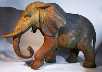 Éléphant en fonte de fer