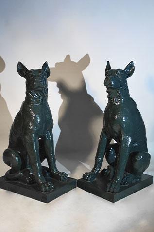 paire de chiens en fonte de fer
