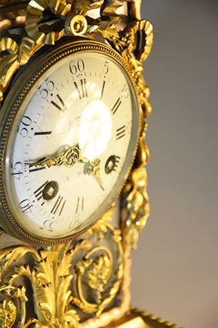 pièce décorative pendule louis 16