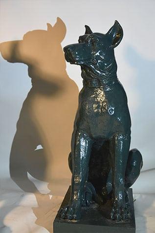 chien en fonte de fer