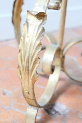 Pied lampadaire doré fer forgé feuille d'acanthe